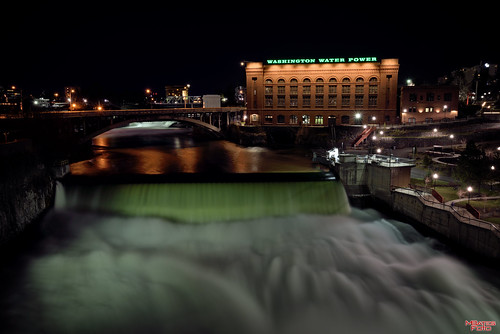 outdoors waterfall washington spokane nightimages unitedstates scenic washingtonwaterpower utilitycompanies spokanefallsatnight
