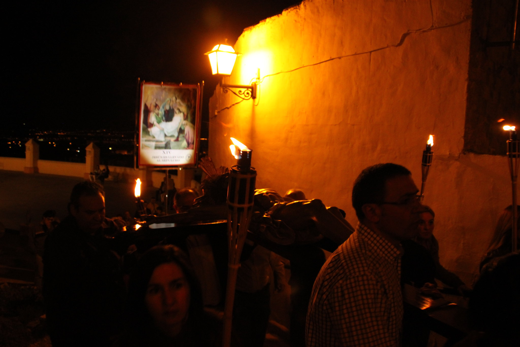 (2014-04-01) -  V Vía Crucis nocturno - Javier Romero Ripoll (170)