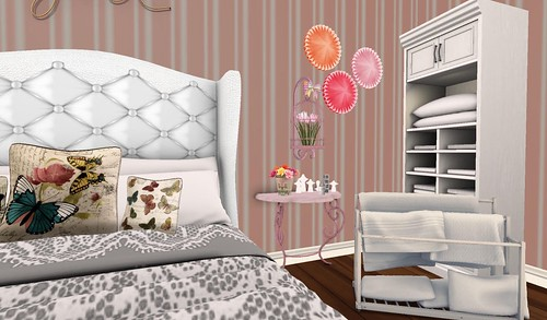 Chic Building- Side Table (H&G Expo 2016) | by Hidden Gems in Second Life (Interior Designer)