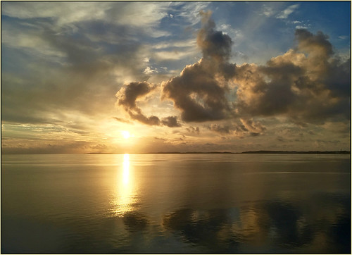 ocean cruise vacation sun sunrise british bermuda breakaway norweigian