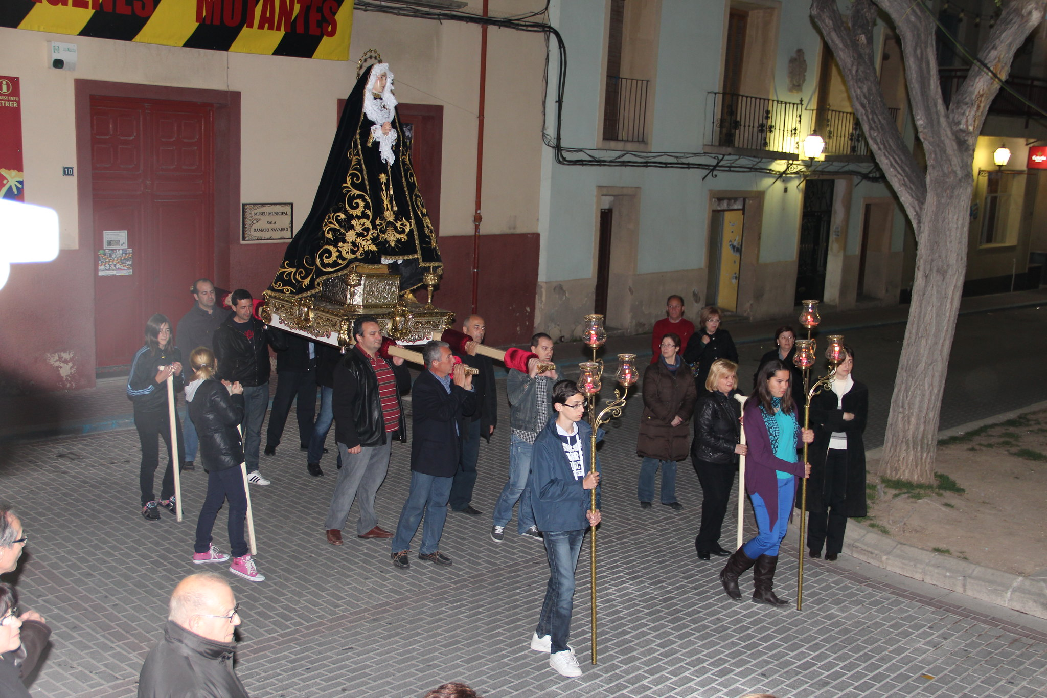 (2012-03-30) - III Vía Crucis nocturno -  Antonio Verdú Navarro  (35)