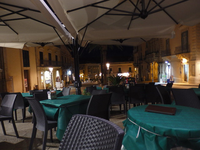 Cafe in the Piazza Duomo