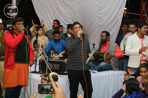 Devotional song by Arvind Kumar and Saathi