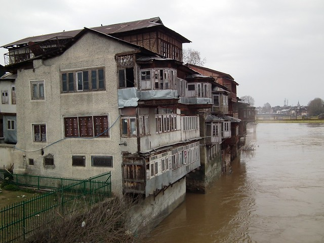 DSCF3850 Old Srinagar and the Jhelum River