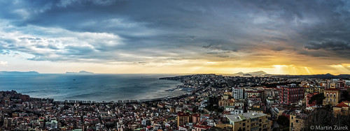 ischia napoli neapel proscia cloud clouds coast coastline pano panorama shorttrip sky skyline sun sunset travel vacation view campania italien it santelmo sanmartino elmo 5dsr canon5dsr landscape cityscape ray rays rain capri sorrento zeiss distagon distagont2815 ze gg