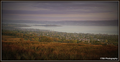 autumn trees sky panorama field buildings landscape riverclyde clyde scenery view outdoor dusk historic estuary vista serene hillside sanctuary helensburgh gloaming promontory ardmorepoint