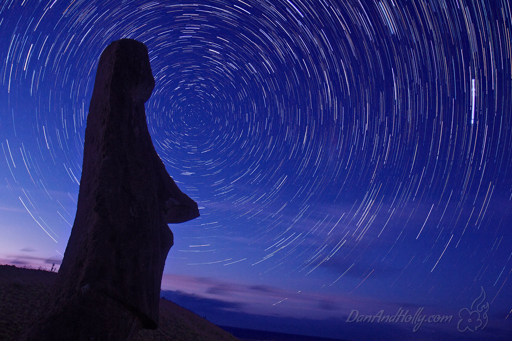 Star Trails and a Moai