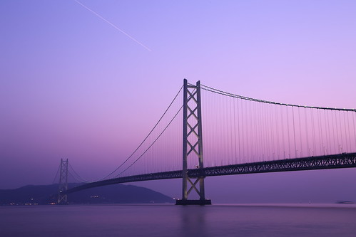bridge light sunset sea sky building japan architecture landscape twilight construction maiko kobe 日本 suspensionbridge 神戸 awajiisland 瀬戸内海 兵庫県 明石海峡大橋 pearlbridge 淡路島 吊り橋 パールブリッジ 舞子公園 本州四国連絡橋 thehonshushikokuhighway theakashikaikyōbridge hyogoprefecturalmaikopark