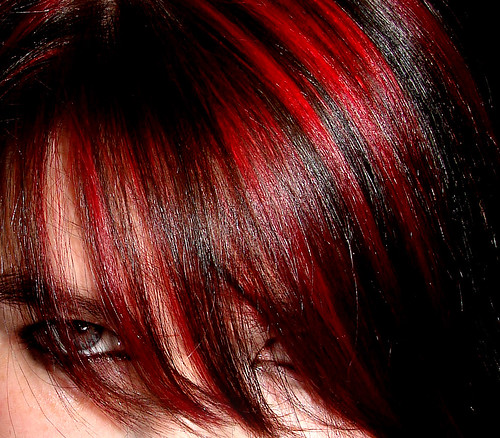 Red 'n' Black Hair | by Leannz0r