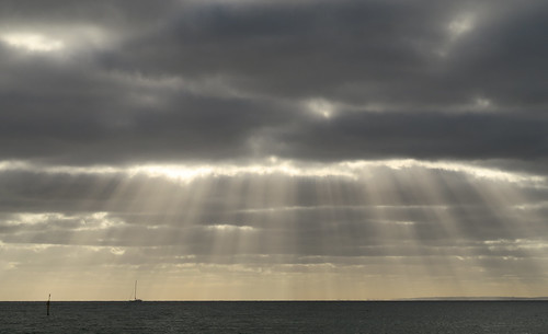 sunset sea sky seascape water sunshine clouds landscape evening boat dusk australia melbourne victoria rays morningtonpeninsula waterscape portphillipbay