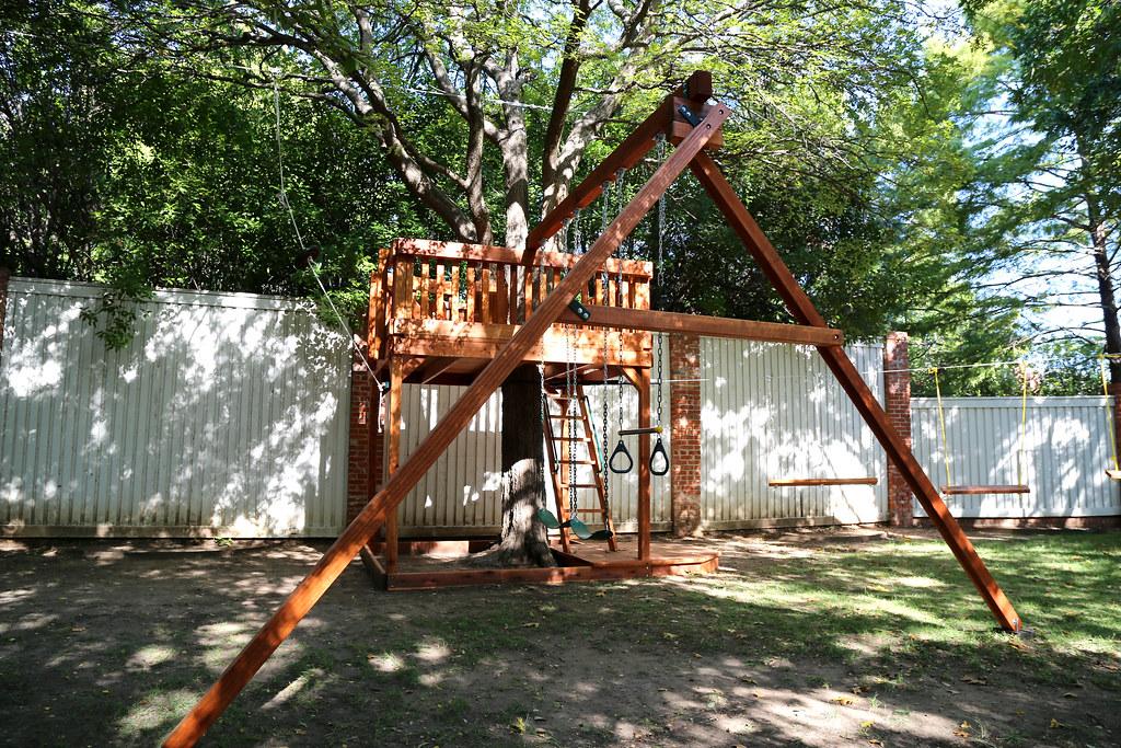 Tree Platform Swing Set with Zip Line   Custom Tree Deck ...