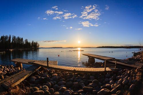 sunset sea sun beach finland landscape prime spring helsinki sundown fisheye mole 15mm meri lauttasaari ranta auringonlasku aurinko uusimaa kevät laituri laru