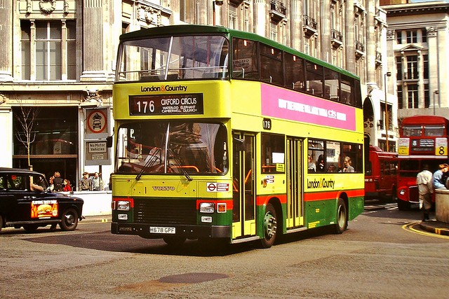 678 H678GPF  --- Oxford Circus 4-4-91 *
