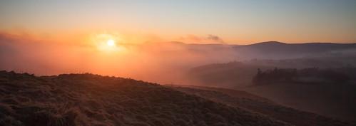 sunset mist scotland unitedkingdom insch garioch dunnydeer taponoth