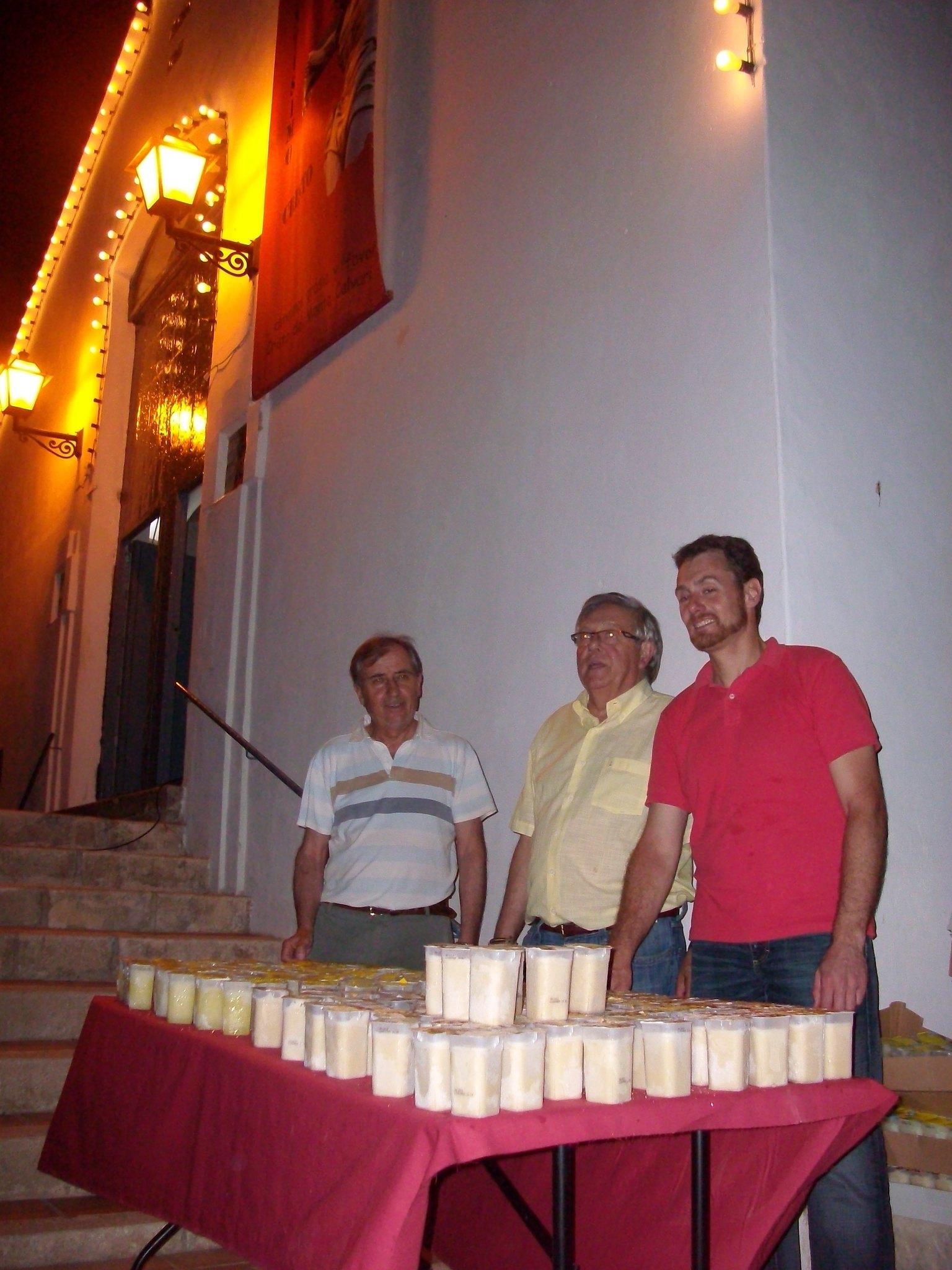 (2012-06-15) - III Serenata Los Marchosos - José Vicente Romero Ripoll (04)