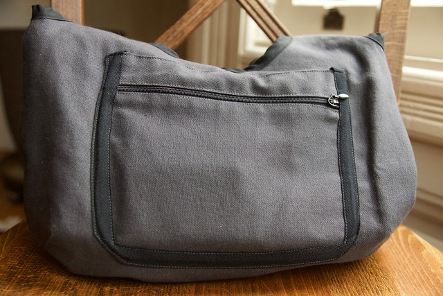 canvas handbag_outside pocket