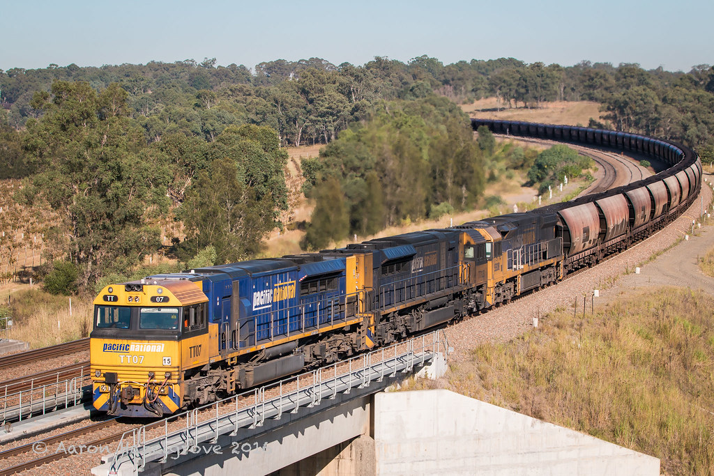TT07, TT125 and 9308 on LD118 at Belford by Aaron Hazelgrove