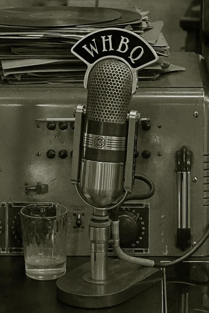 WHBQ microphone   Sun Studio Memphis, Tennessee, USA   Leo ...