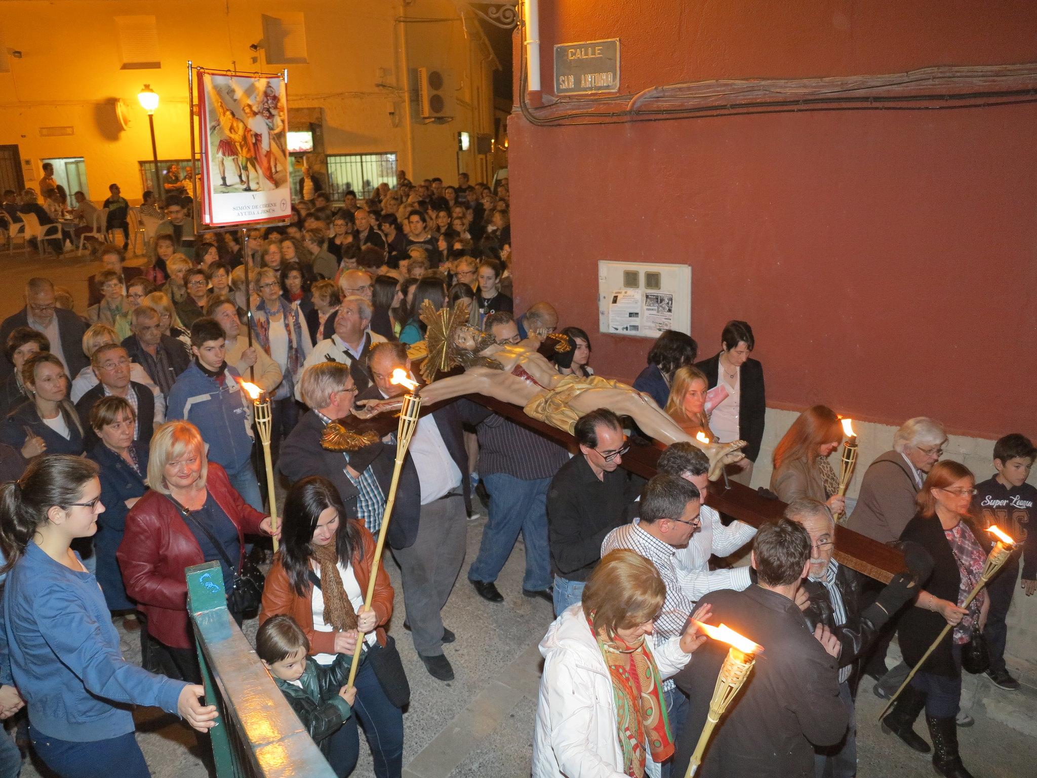 (2014-04-01) - V Vía Crucis nocturno - Antonio José Verdú Navarro (25)