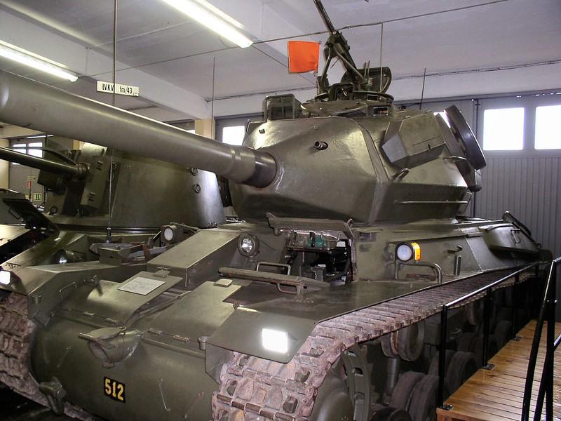 Strv 74 2