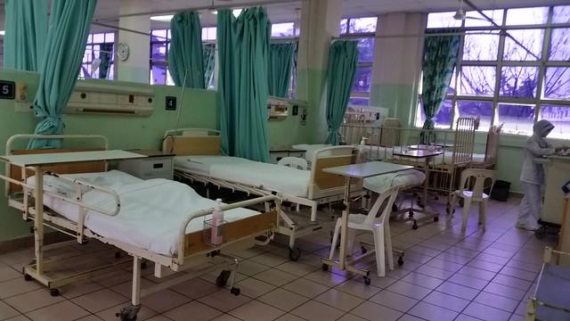 Crammed ward at Penang General Hospital - April 2016.