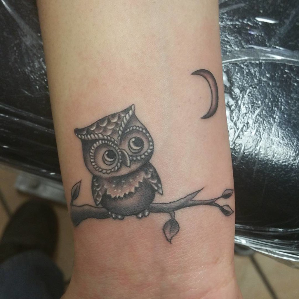 Fun little #owl and #moon #tattoo i did awhile back. #bla… | Flickr