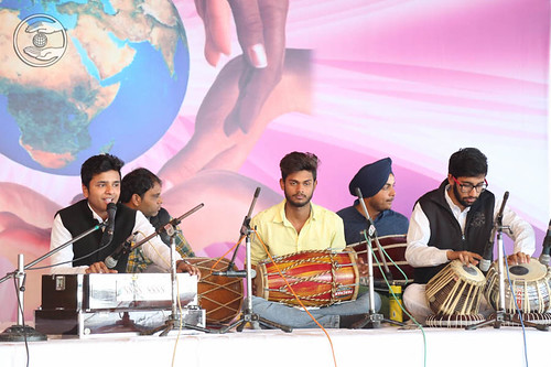 Devotional song by Manpreen and Gurpreet from Bhatoi