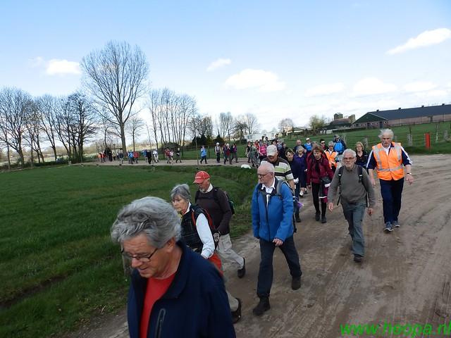 2016-04-12         2 daagse Lunteren      1e dag  25 Km  (73)