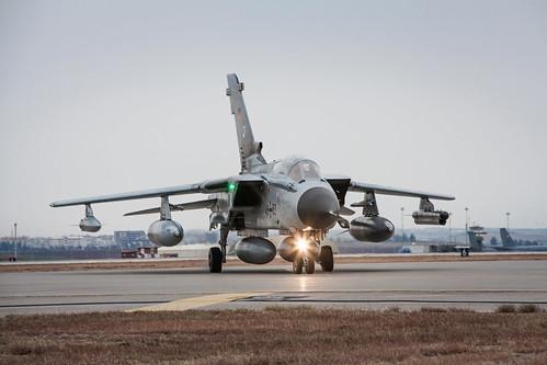Syrien-Einsatz   by Offizieller Auftritt der Bundeswehr