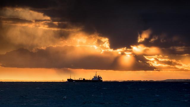 Stormy Totland Sunset - DSCF8210-ver