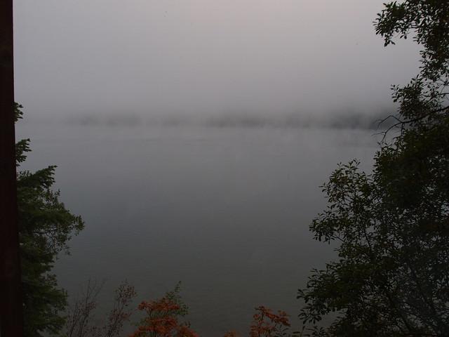O8080037 Donner Lake morning mist