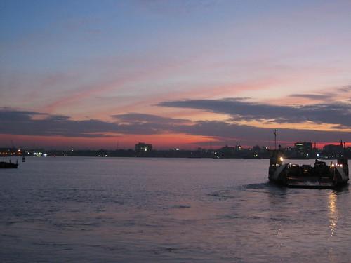 africa water ferry tanzania harbor wasser ship harbour daressalaam afrika hafen schiff fähre tag8 tansania