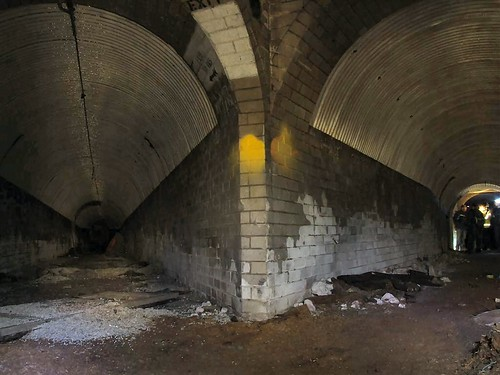 Tunnel Split | by Paulio Geordio