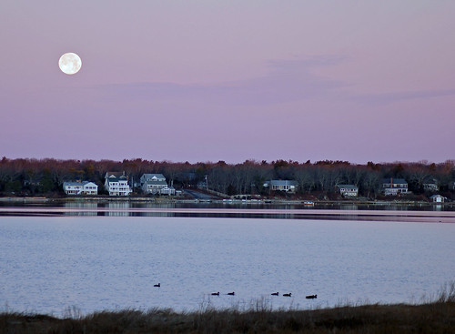 winter capecod massachusetts january newengland fullmoon 709 wolfmoon waquoitbay capecodlife