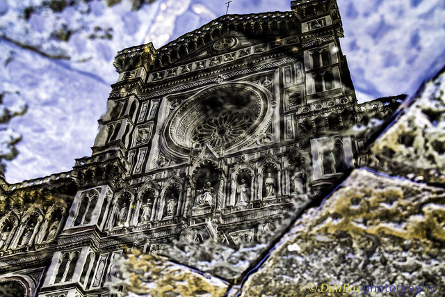 Duomo di Firenze - Surging from rock