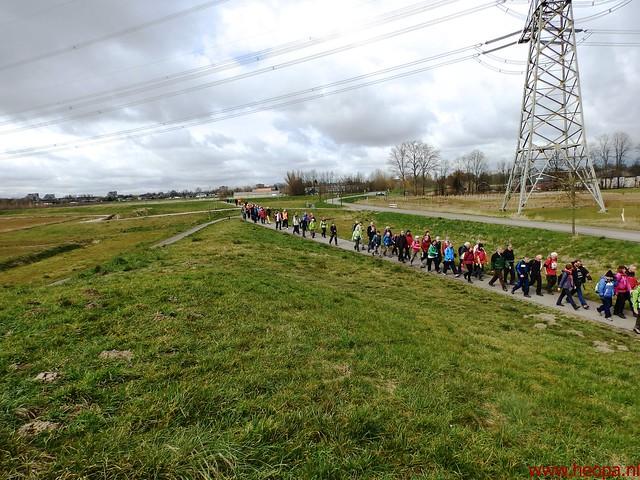 2016-03-23 stads en landtocht  Dordrecht            24.3 Km  (110)