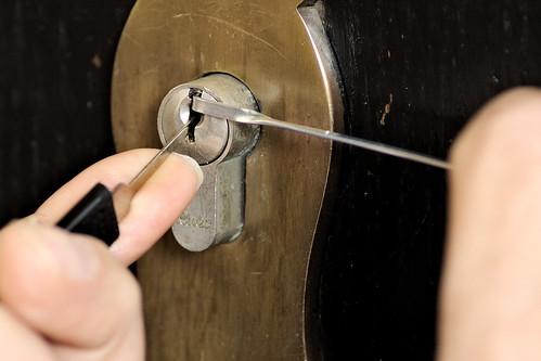 Schlüssel verloren? | by Karpaun