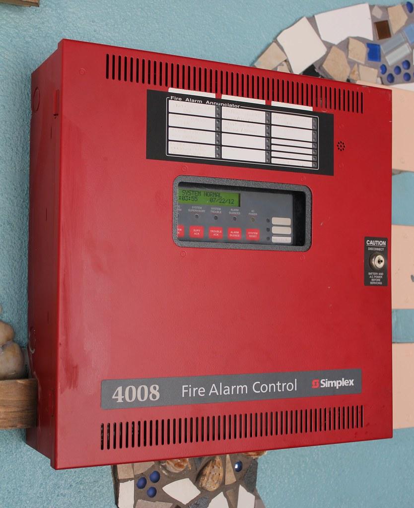 Simplex 4008 Fire Alarm Control Panel | Picture taken in Mon