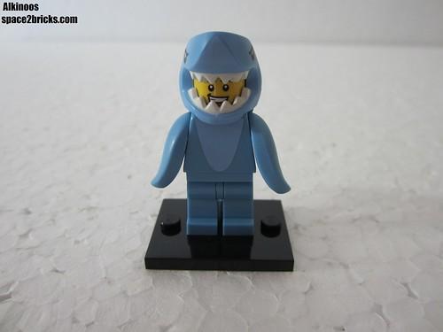 Lego Minifigures S15 l'homme requin p1