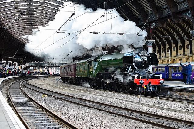 60103 'Flying Scotsman' at York