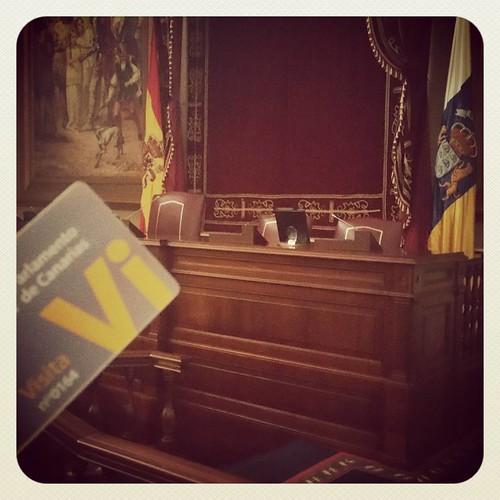 ¿La casa del pueblo o el pueblo en su casa?... #noencendieronlasluces #nomedejaronvotar   by Pedro Baez Diaz @pedrobaezdiaz