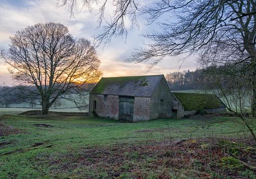 trees winter barn zeiss sunrise sony cotswolds gloucestershire a7ii cutsdean 1635mmf4 jactoll appicoftheweek