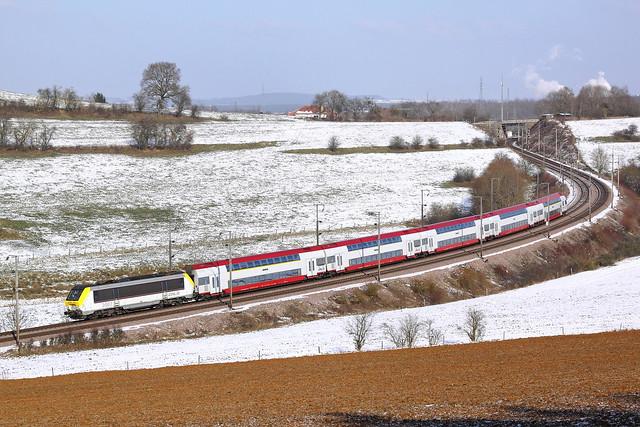20120210-CFL3007