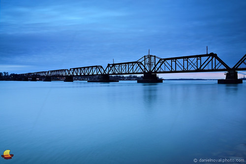 longexposure railroad morning blue usa ny canada motion river landscape flow island photo buffalo crossing unitedstates cloudy steel unity border blues railway niagara photograph transportation slowshutter infrastructure etbtsy