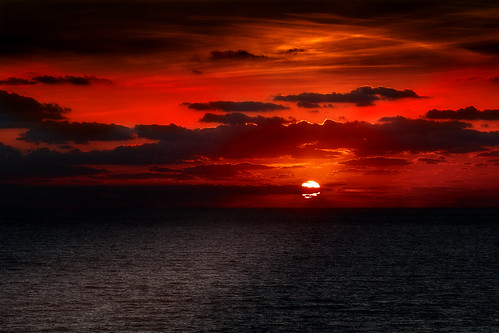 dawn red sky clouds serene outdoor sea seaside landscape ocean shore water beach cloud sunset dusk