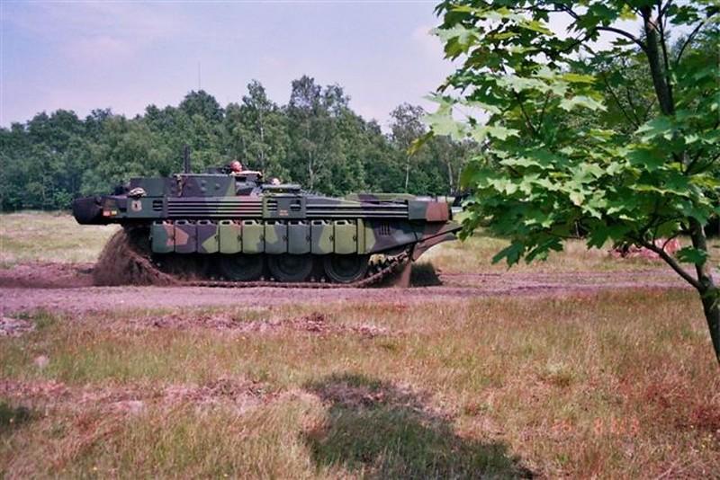 STRV-103C 2