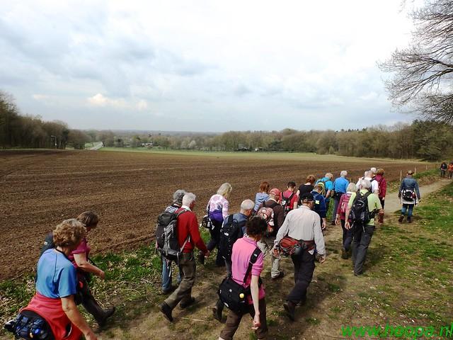 2016-04-13    2e Dag van Lunteren 25 Km  (147)