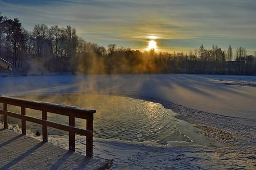 winter avanto avantouinti iceswimming frost cold sun suomi finland snow winterswimming landscape maisema nature luonto lake järvi nikon hff mytäjärvi swimminginahole hole d3200 nikond3200 europe