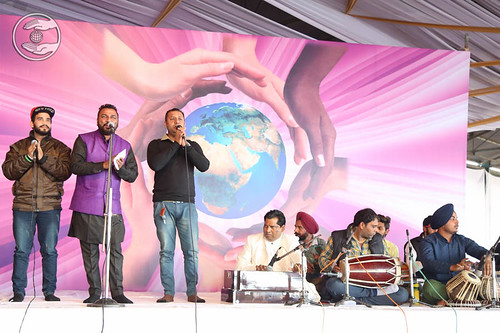 Devotional song by Gurdarshan and Saathi from Dhuri