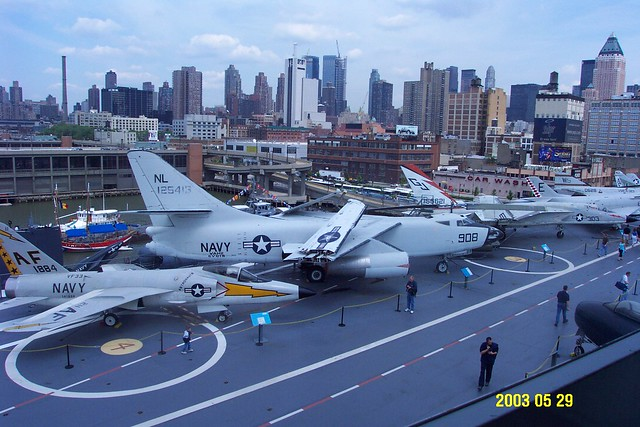 USS_Intrepid_72_flight_deck_view_from_conning_tower